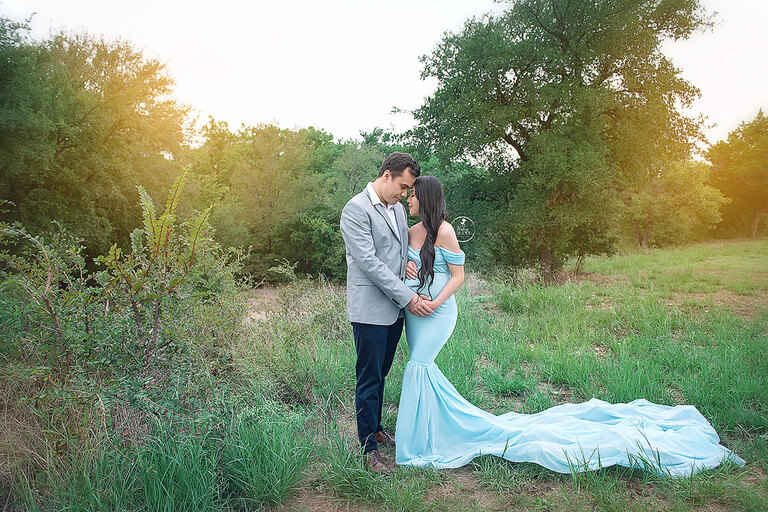 Maternity Photographer Austin | Outdoor Family Photography