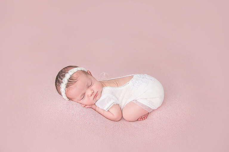 Top Newborn Photographer Austin